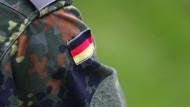 Soldat unter Verdacht: Erinnern Sie sich an Franco A.? Unser Redakteur Helmut Schwan erläutert die Details und kommentiert auch (Symbolbild).