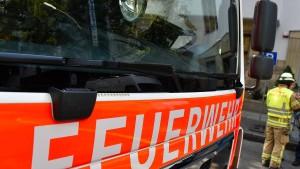 Rentnerin nach Wohnhausbrand schwer verletzt