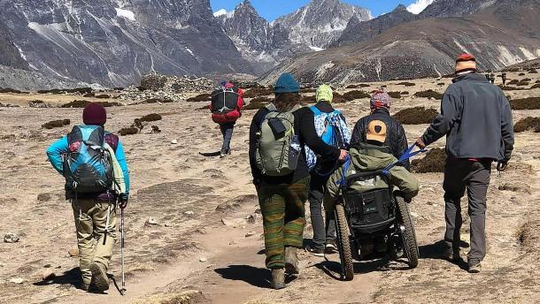 Mit Querschnittslähmung auf den Everest