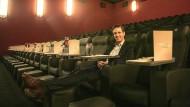 Füße hoch: Kinopolis-Chef Gregory Theile will Besucher seiner Kinos künftig noch mehr verwöhnen.