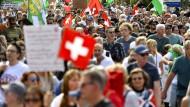 Eine Demonstration gegen die Corona-Maßnahmen in der Schweiz im September