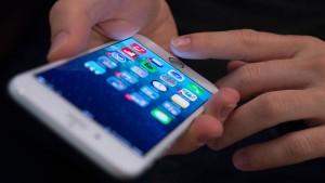 Fingerabdrucksensor beim neuen iPhone geknackt