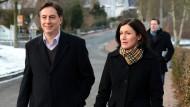 Niedersachsens Ministerpräsident und CDU-Spitzenkandidat David McAllister und seine Ehefrau Dunja