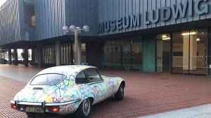 Stellt diesen Mann endlich ins Museum – oder zumindest sein Auto