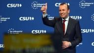Der Spitzenkandidat von Union und EVP für die Europawahl, Manfred Weber, am Samstag in Nürnberg beim CSU-Parteitag