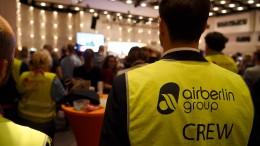 Air-Berlin-Mitarbeiter protestieren bei Merkel-Wahlkampfauftritt