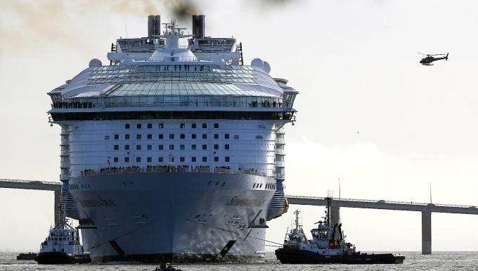 Symphony Of The Seas Größte Kreuzfahrtschiff Der Welt Auf