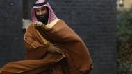 Der saudische Kronprinz Mohammed bin Salman Anfang März 2018 vor einem Treffen mit der britischen Premierministerin Theresa May in London