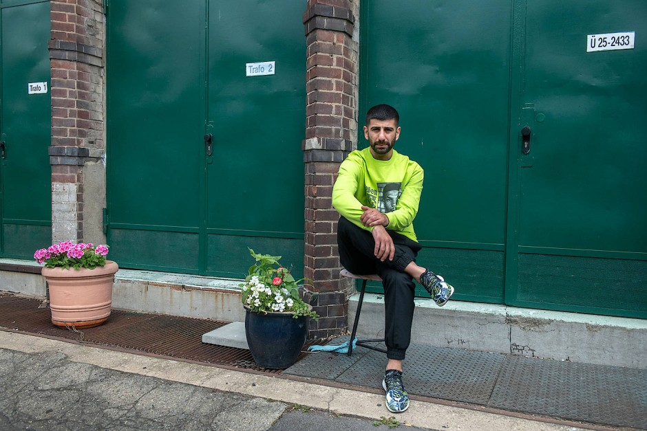 """""""Inspiration von überall her"""": Inan Batman ist Sohn türkischer Eltern, hat Mode und Design in seiner Geburtsstadt Stuttgart studiert und lebt inzwischen in Berlin."""