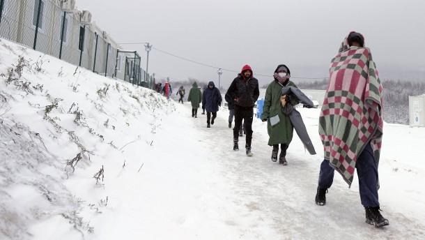 """UNHCR sieht Asylrecht in Europa """"in Gefahr"""""""