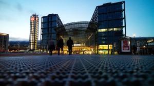 Fliegerbombe legt Berlin-Mitte lahm