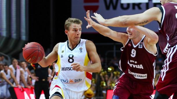 Deutsche Basketballer bezwingen Lettland