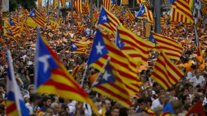 Katalanen demonstrieren für ihre Unabhängigkeit