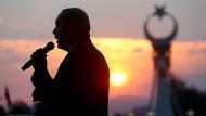 Botschaft ans Volk: Erdogan spricht auf allen Kanälen
