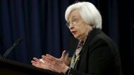 Fed-Präsidentin Janet Yellen verkündet am 16.3.2016, die Zinsen derzeit nicht weiter anzuheben.