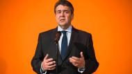 Gabriel warnt vor anti-türkischen Ressentiments