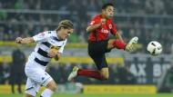 Wieder am Ball: Marco Fabian (rechts) soll dem Auftritt der Eintracht eine zuletzt so oft vermisste Note verleihen.