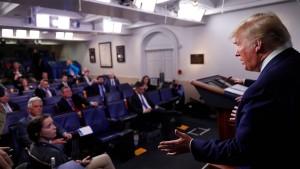 Trump schwört Amerika auf Tragödie ein