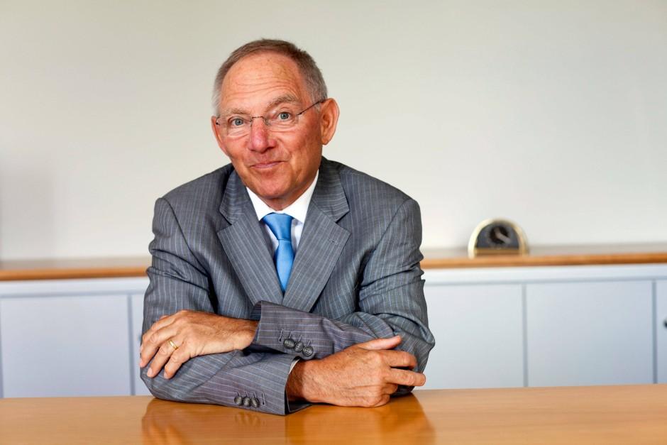 Zwei dokus zu sch ubles siebzigstem politik als sucht und for Wolfgang hieber