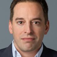 """Hendrik Ankenbrand - Portraitaufnahme für das Blaue Buch """"Die Redaktion stellt sich vor"""" der Frankfurter Allgemeinen Zeitung"""