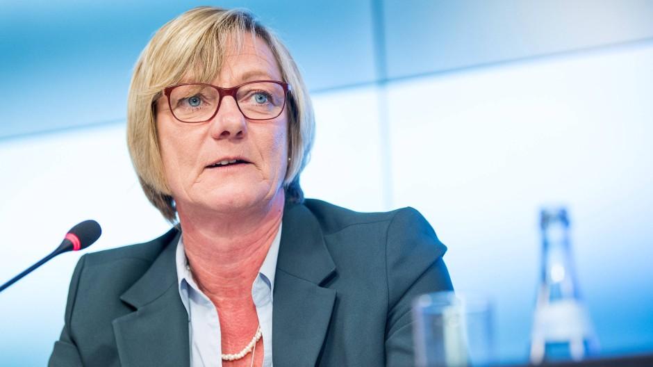 Edith Sitzmann (Bündnis 90/Die Grünen), Finanzministerin von Baden-Württemberg, während einer Regierungspressekonferenz im September 2017.