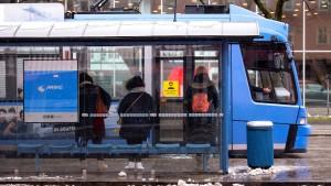 Bus und Bahn geraten in Verruf
