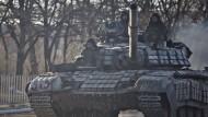 Armee und Separatisten wollen nun schwere Waffen abziehen