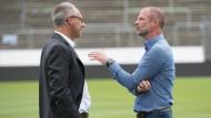Trainer gesucht: Präsident Rüdiger Fritsch und Sportchef Holger Fach im Meinungsaustausch