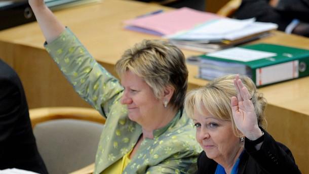 NRW-Verfassungsgericht gibt CDU-Haushaltsklage statt