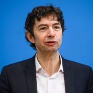 Der Berliner Virologe Christian Drosten sieht noch Änderungsbedarf bei der deutschen Pandemievorbereitung für den Herbst und Winter.