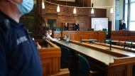 Blick in den Saal 700 des Kriminalgerichts Moabit: In dem Saal findet eine Hauptverhandlung gegen den 44 Jahre alten Nasser R. statt.
