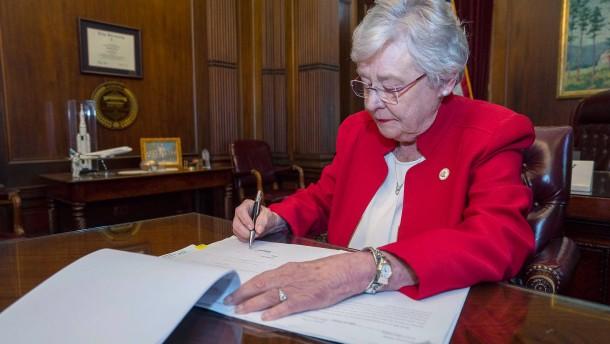 Alabama bekommt strengstes Abtreibungsverbot in Amerika