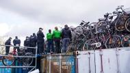 Hamburger Polizei entdeckt 1500 gestohlene Räder