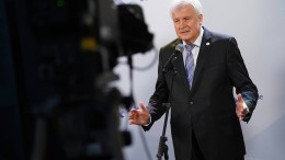 Seehofer drängt EU-Länder zur Aufnahme von Geflüchteten