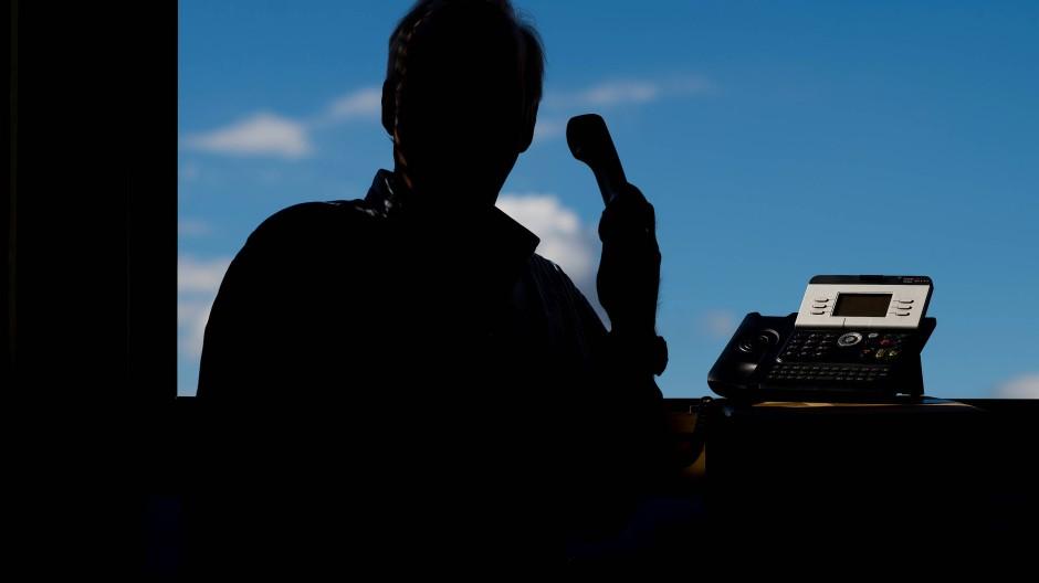 Bei Anruf Betrug: Vor allem Senioren sind beliebte Opfer. (Symbolbild)