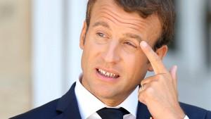 Macron zahlt 26.000 Euro für Makeup
