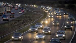 Britische Autobranche reduziert Investitionen