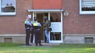 Spezialkräfte umstellten stundenlang das Haus in Krefeld, in dem sich die Kinder aufhielten.