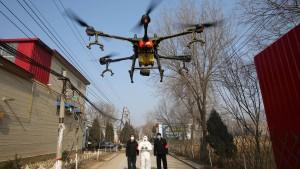 Drohnenbefehle zwecks Viruseindänmmung