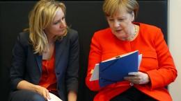 Merkel sieht Notwendigkeit von Militärausgaben