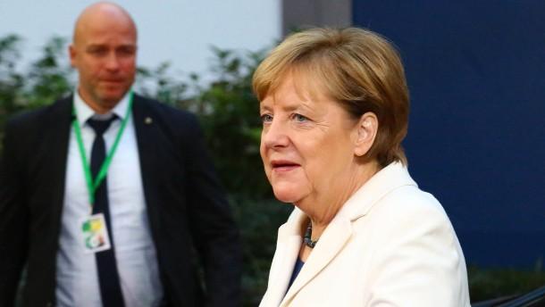 EU-Gipfel in Brüssel: Angela Merkel bittet Partner um Geduld