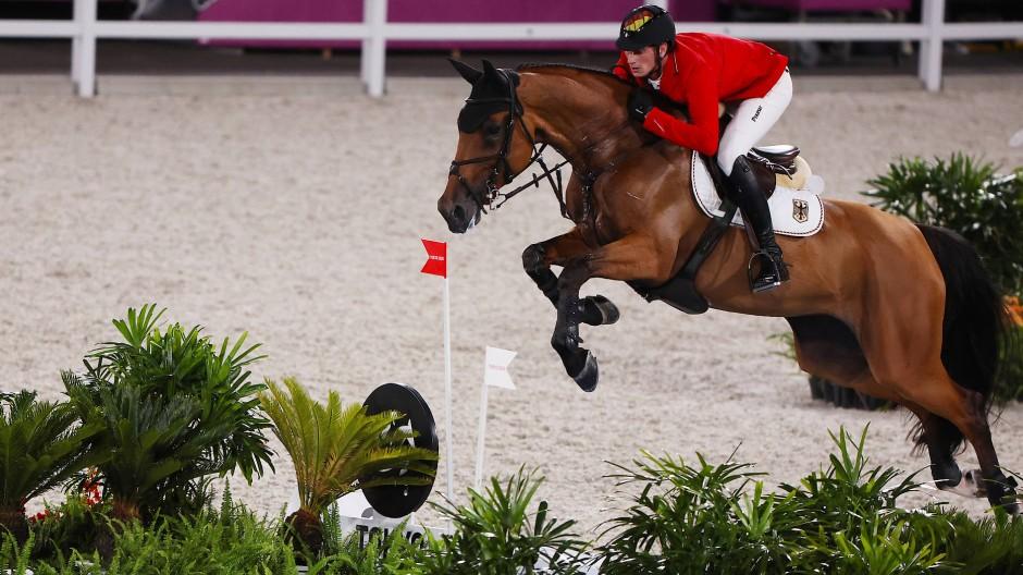 Daniel Deußer auf seinem neuen Pferd Killer Queen