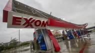 """""""Harvey"""" und seine Folgen: Verwüstete Tankstelle in Texas"""