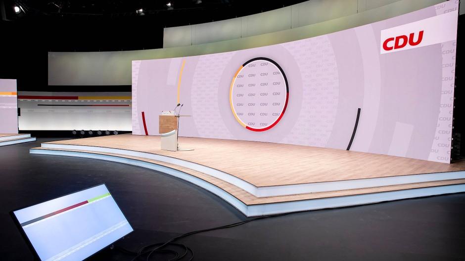 Bühne frei für den Haupthelden. Wer es wird, entscheidet die CDU diesen Samstag.