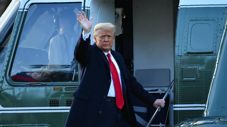 Donald Trump hat das Weiße Haus verlassen.