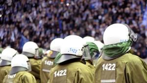 """Innenminister fordern Ende des """"Kuschelkurses"""""""