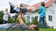 Zwei Kinder – das bringt 2400 Euro sogenanntes Baukindergeld im Jahr.