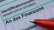 Kampf mit der Bürokratie: Einkommensteuererklärung