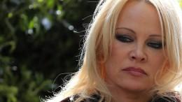 Pamela Anderson setzt sich für Freilassung Assanges ein
