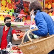 In einem Geschäft in Rosenheim: Hier muss Maske getragen werden.